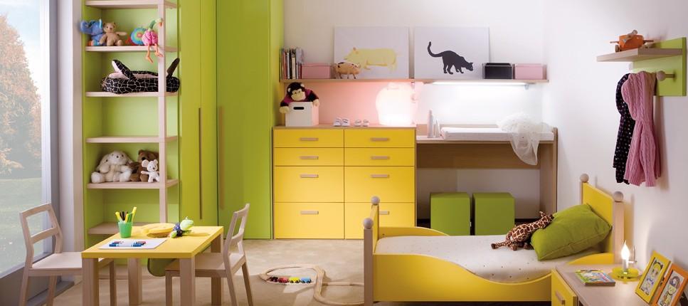 Hochwertiges Babyzimmer und Kinderzimmer Farbe fröhlich