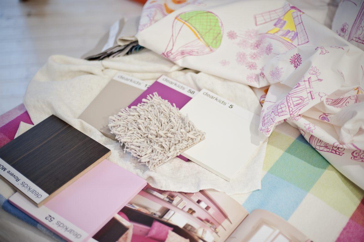 Kinderzimmerplanung komplett mit Möbeln Stoffen und Accessoires