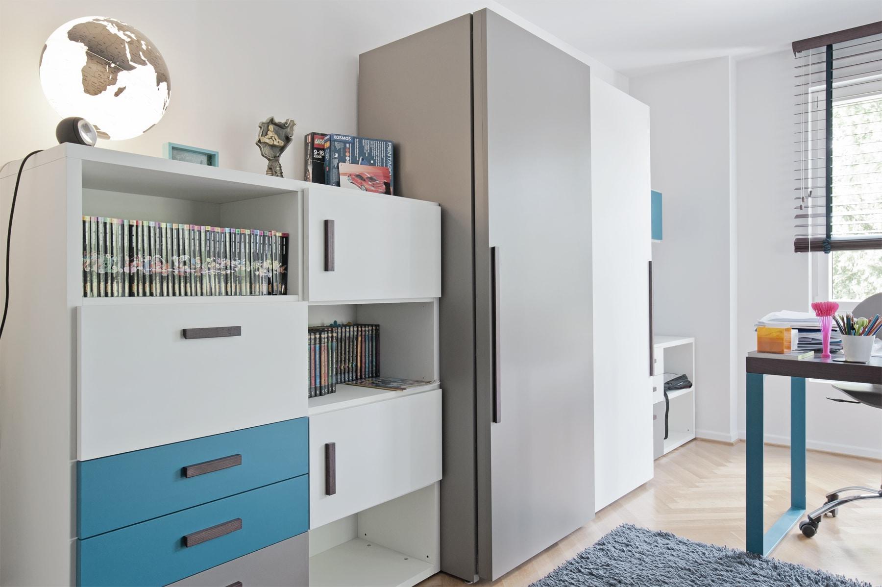 Schrank Jugendzimmer hochwertig