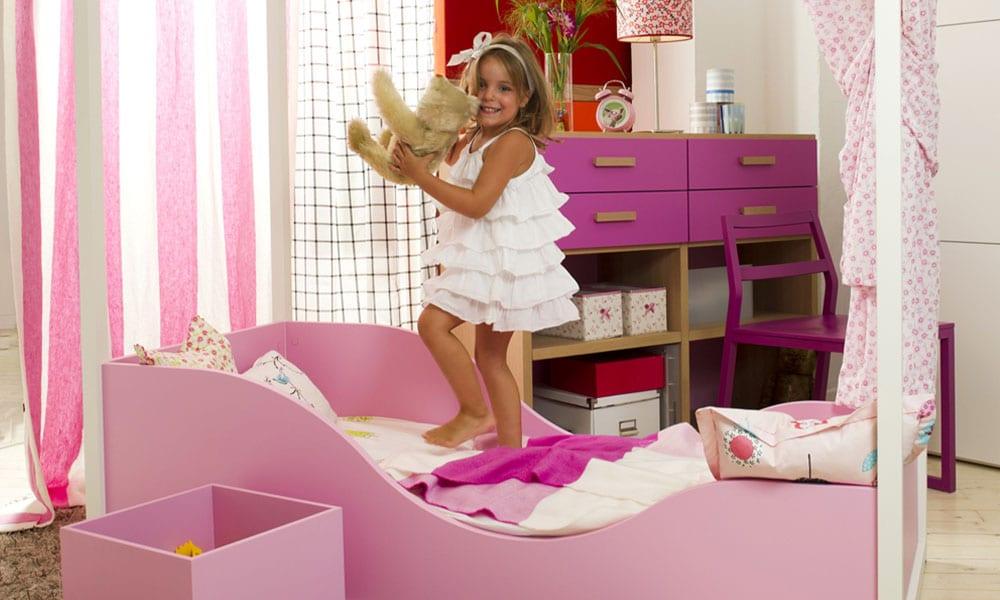 wundervolles Kinderbett für Mädchen von Dearkid und Mobimio