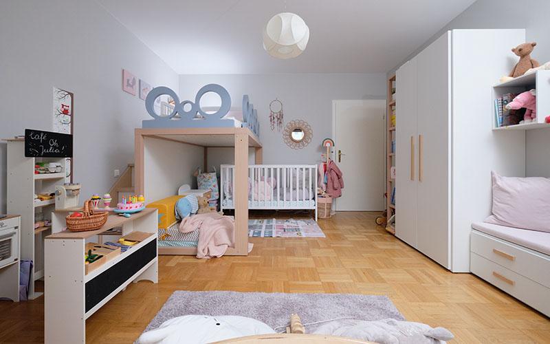 Luxus Kinderzimmer mit Hochbett und Schrank maßgeschneidert von Dearkids und Mobimio
