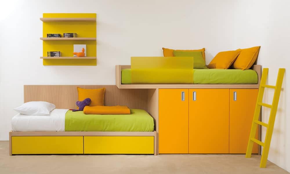 halbhohes luxuriöses Kinderbett mit zwei Schlafplätzen