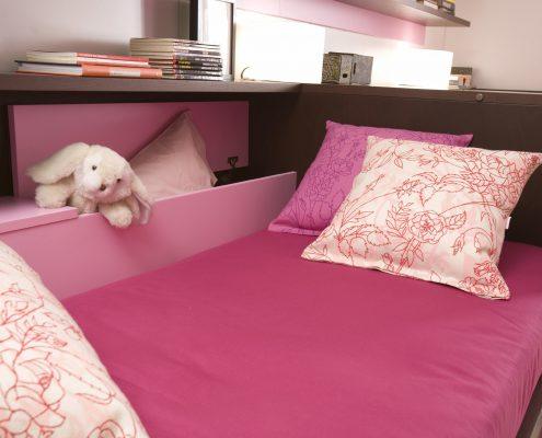 Kinderbett-mit-Stauraum
