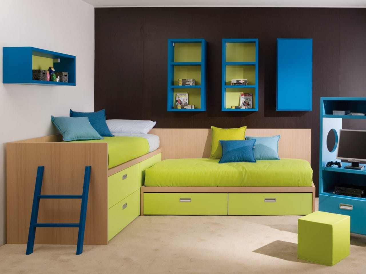 halbhohe kinderbetten und betten mit stauraum. Black Bedroom Furniture Sets. Home Design Ideas